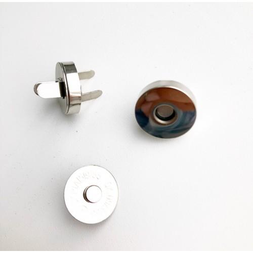 Кнопка магнитная, цвет серебро, диам. 18 мм, толщ. (общая) 3 мм
