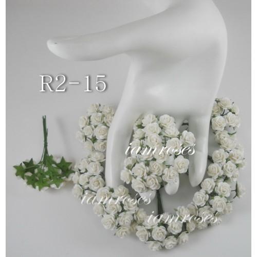 Цветы бумажные для скрапбукинга - мини розы, цвет белый, диам. 1 см, 5 шт