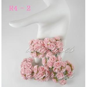 Цветы бумажные для скрапбукинга - мини розы, цвет нежно-розовый, диам. 1,5 см, 5 шт