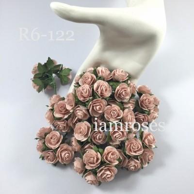 Цветы бумажные для скрапбукинга - розы, цвет бледно-коричневый, бумага Mulberry диам. 2,5 см, 5 шт